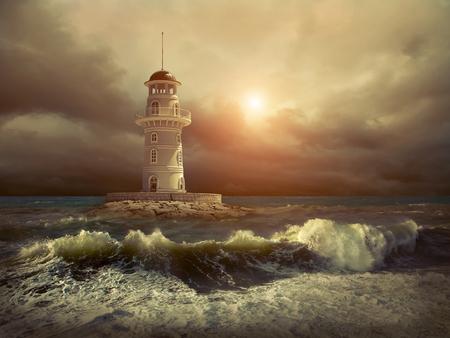 空の下の海の灯台。 写真素材 - 86680938