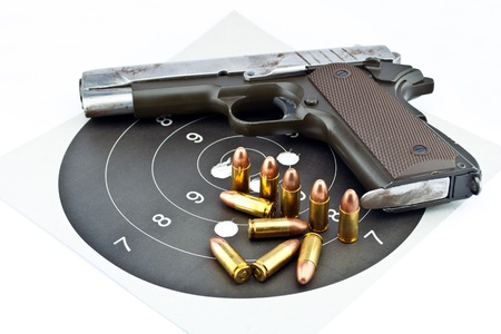 gun sight: 9-mm handgun and target shooting