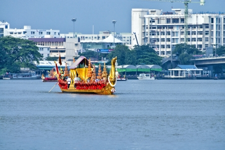 BANGKOK,THAILAND - NOVEMBER 6: 'Suphannahong' ship was set for the dress rehearsal of the Royal Barge Procession for the Royal Kathin Ceremony at Chaopraya river on November 6,2012 in Bangkok,Thailand