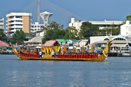 BANGKOK,THAILAND - NOVEMBER 6:'Suphannahon g' ship was set for the dress rehearsal of the Royal Barge Procession for the Royal Kathin Ceremony at Chaopraya river on November 06,2012 in Bangkok,Thailand