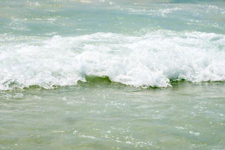 koh samet: White sand beach (ocean, sea, sand, shore) and wave blue sky. Koh Samet island, Rayong province, Thailand. Stock Photo