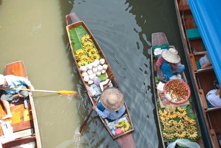 Damnoen saduak Floating Market, Thailand.  Stock Photo - 10023494