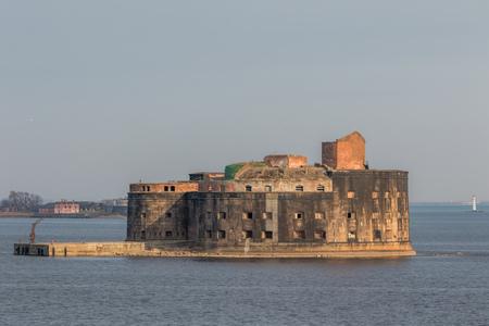 Russia. Saint-Petersburg. Historical Fort Alexander 1 Plague near the southern coast of Kronstadt. Reklamní fotografie