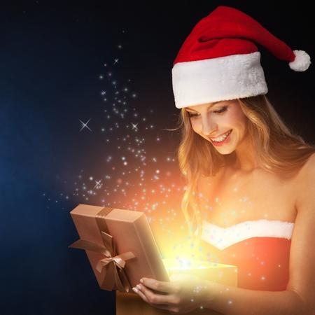 milagro: Hermosa mujer abierta de hadas de Navidad de regalo