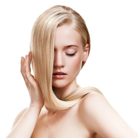 mujer rubia desnuda: Chica rubia hermosa. El pelo largo saludable Foto de archivo