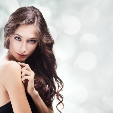 Beautiful Brunette Girl. Healthy Long Hair Stock Photo - 12639316