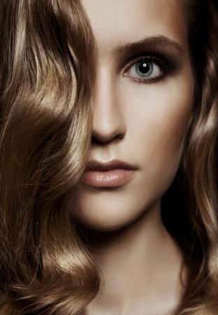 Beautiful Woman. Healthy Long Hair Stock Photo - 14031026