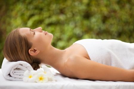 sensual massage: Spa Beautiful Woman. Spa Salon