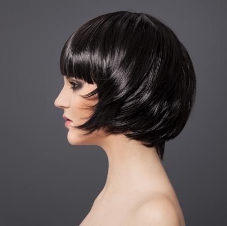 a bob: Hermosa Hair.Hairstyle Girl.Healthy Morena. Foto de archivo