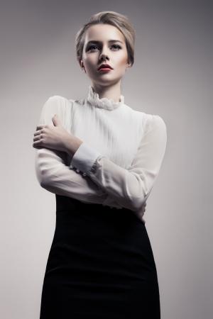 Bella donna bionda. Retro Fashion immagine. Archivio Fotografico - 25240843