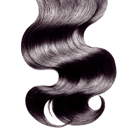 cabello negro: El pelo negro rizado sobre blanco