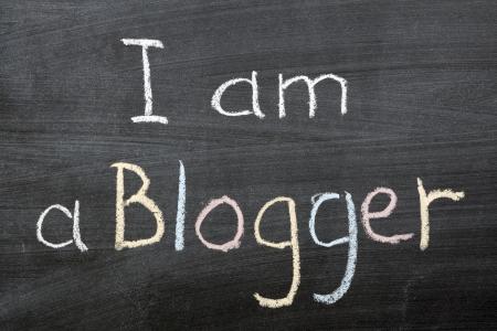 i am: I am a blogger