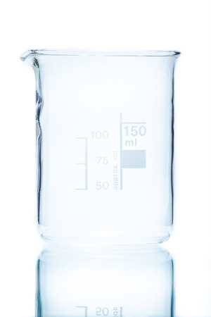 cylindrical: Temperature resistant cylindrical beaker for measurements 150 ml