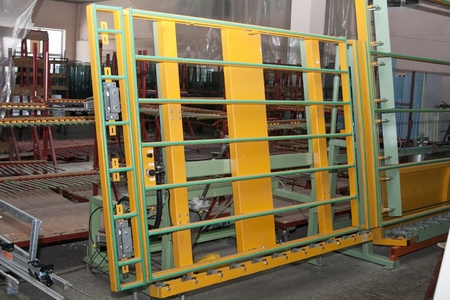 glazing: Stand for glazing from the production line of PVC windows