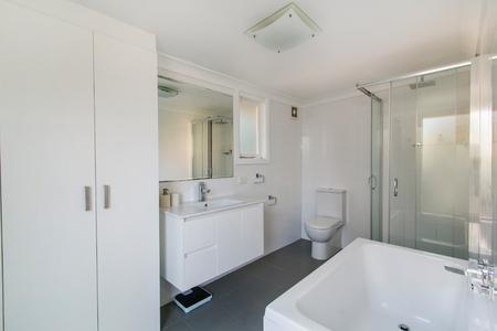 luxury bathroom: Modern bathroom in luxury apartment