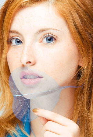 close-up portretten van jonge roodharige vrouw Stockfoto