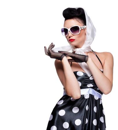 jonge mooie blanke vrouw poseren, geà ¯ soleerd op wit, retro styling, ruimte voor exemplaar Stockfoto