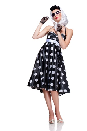pin up vintage: elegante bruna