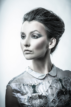 portrait of fashionable woman with stylish hair and evening makeup 版權商用圖片