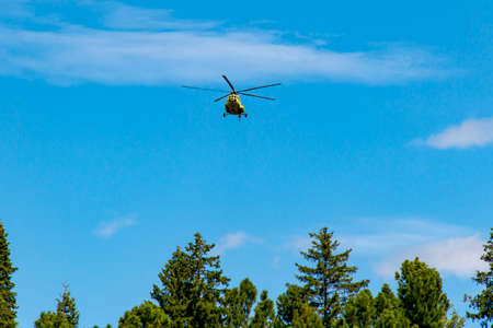 In the conditions of the northern taiga lands, the helicopter is the main mode of transport in the off-season