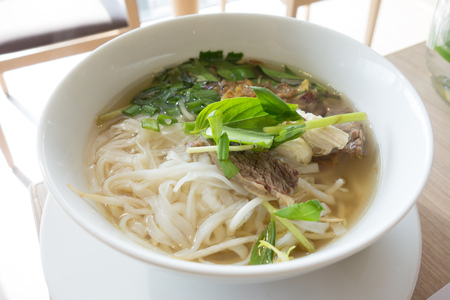 bo: Vietnamese rice noodle with sliced beef, Pho bo tai
