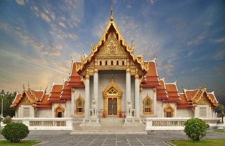 Marble Temple, Wat Benchamabophit Dusitvanaram in Bangkok, Thailand photo