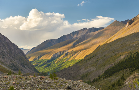 Mountain lake, Russia, Siberia, Altai mountains, Chuya ridge. Archivio Fotografico