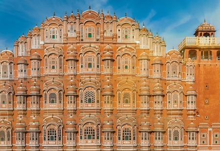 Hawa Mahal (Palace of Winds) the main tourist attraction of Jaipur, and one of the most famous monuments of Rajput architecture. Rajasthan, India.