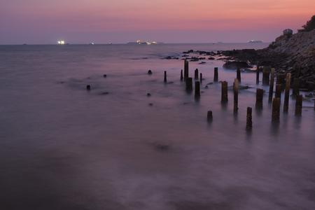 sea stone and sky night blur view Imagens - 56522258