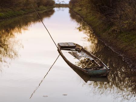 sunken boat: Sunken Boat
