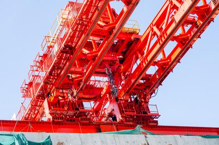 Red Gantry Crane 版權商用圖片