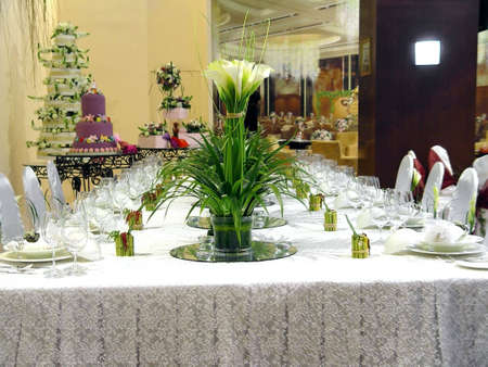 serving utensil: WEDDING BANQUET TABLE DETAILS