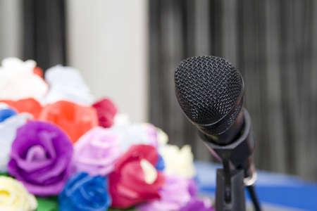 hablar en publico: Micr�fonos  Foto de archivo