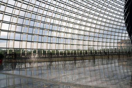 big windows: Big windows roof with geometric steel structure
