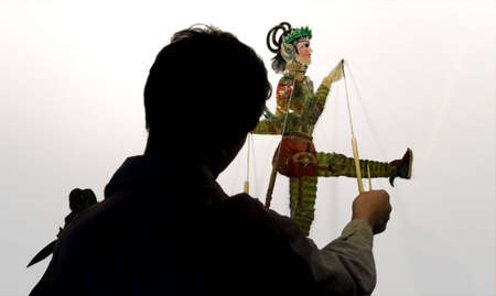 Chinese Shadow figures the hand-operating shadow show