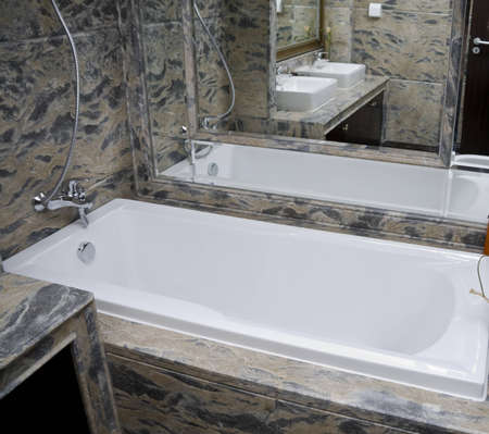 The modern and clean bathroom with tub Stock Photo - 4024000