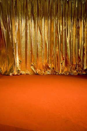 swag: un bot�n de oro del teatro cortina