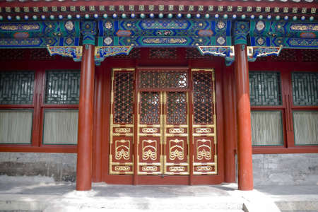 wooden beams: Chinese doors in a chinese courtyard
