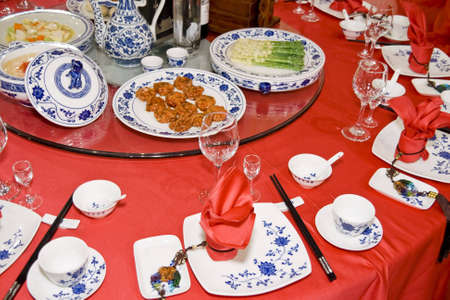 table cloth: Banquet table setting for wedding in china
