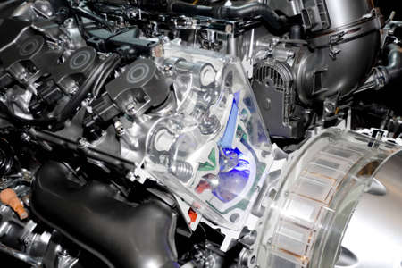 High technology of hybrid electric automobile engine photo