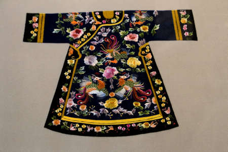 silk thread: Antique embroidery of dress in china