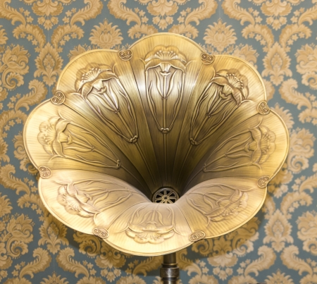 phonograph: Old gramophone horn
