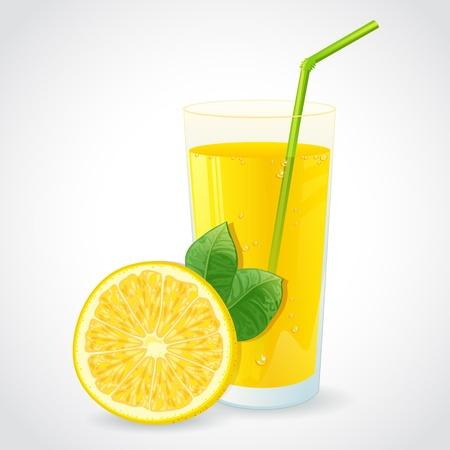 limon caricatura: Un vaso de jugo fresco de limón y la mitad de limón amarillo con la hoja aislada en blanco