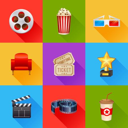 biglietto: Una serie dettagliata di realistiche icone del cinema per il web e il design con i simboli del cinema, gli occhiali 3D, bobina di film, popcorn, biglietti Archivio Fotografico