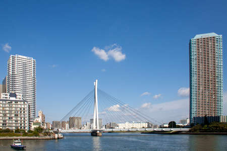 Tokyo cityscape of beautiful waterfront in sunny day 版權商用圖片