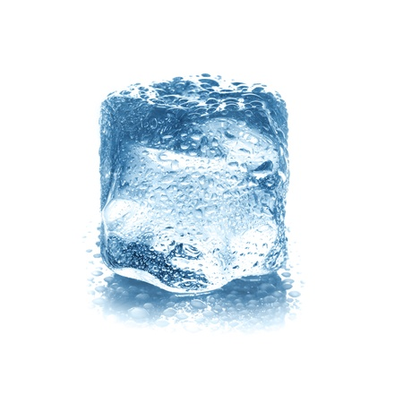 Ice cube isolated on white. Кубик льда, изолированный на белом фоне