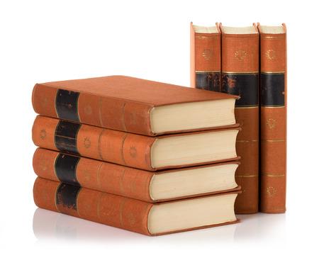 close p: old books