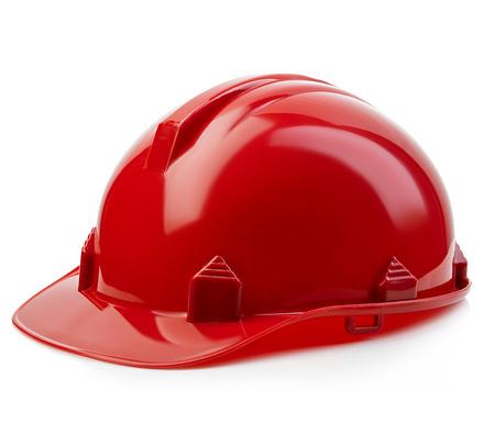 casque de sécurité rouge close-up isolé sur un fond blanc.