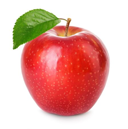 Manzana roja con hoja verde aislada sobre fondo blanco.