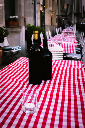 Al Fresco Dining at a Restaurant in a European City Stock fotó